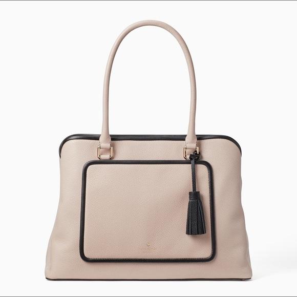 874a6c3c126 kate spade Bags   Sale Nwt Large Purse W Laptop Pocket   Poshmark